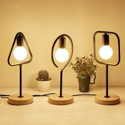 Simple Modern design wooden table lamp